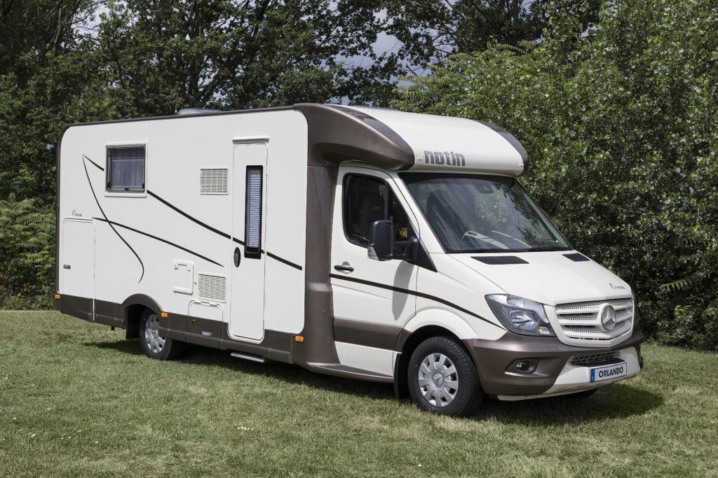 camping car profil gamme excel notin porto et orlando. Black Bedroom Furniture Sets. Home Design Ideas
